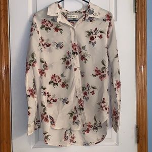 Abercrombie & Fitch button down blouse